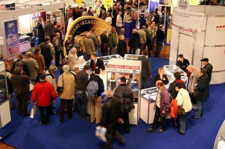 Besucher auf der World Money Fair 2007